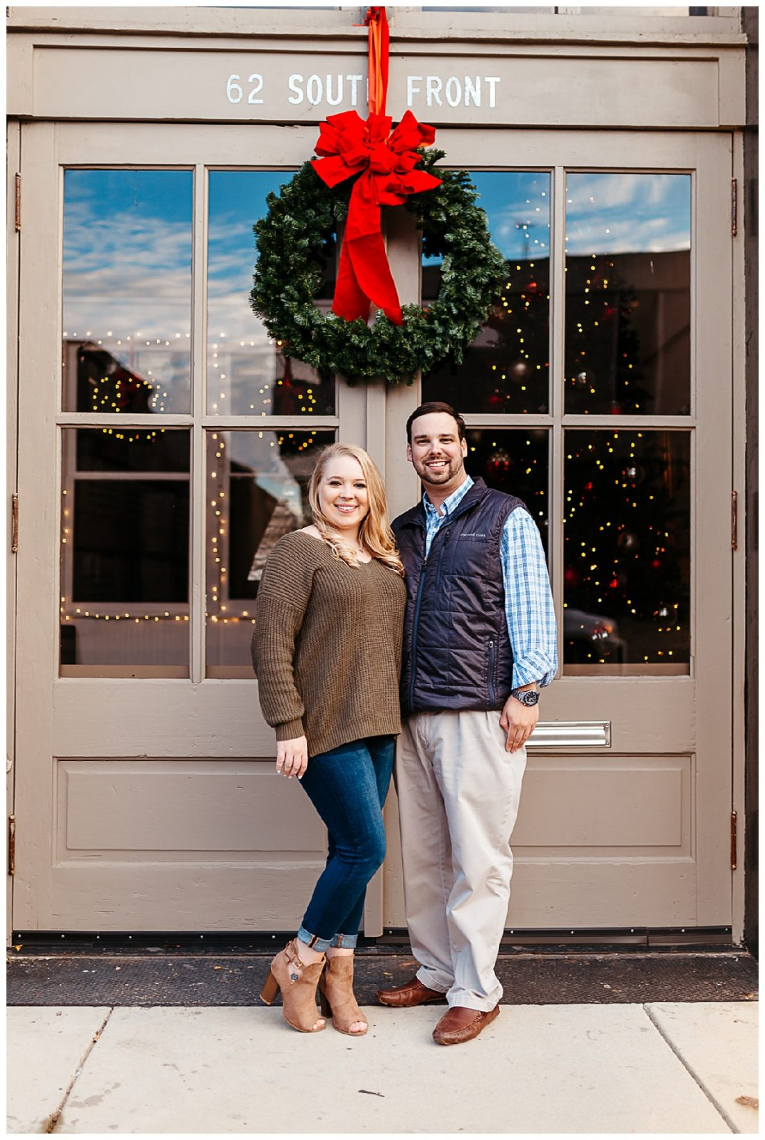 Downtown Memphis engagement_0011.jpg