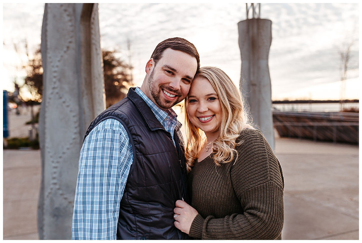 Downtown Memphis engagement_0015.jpg