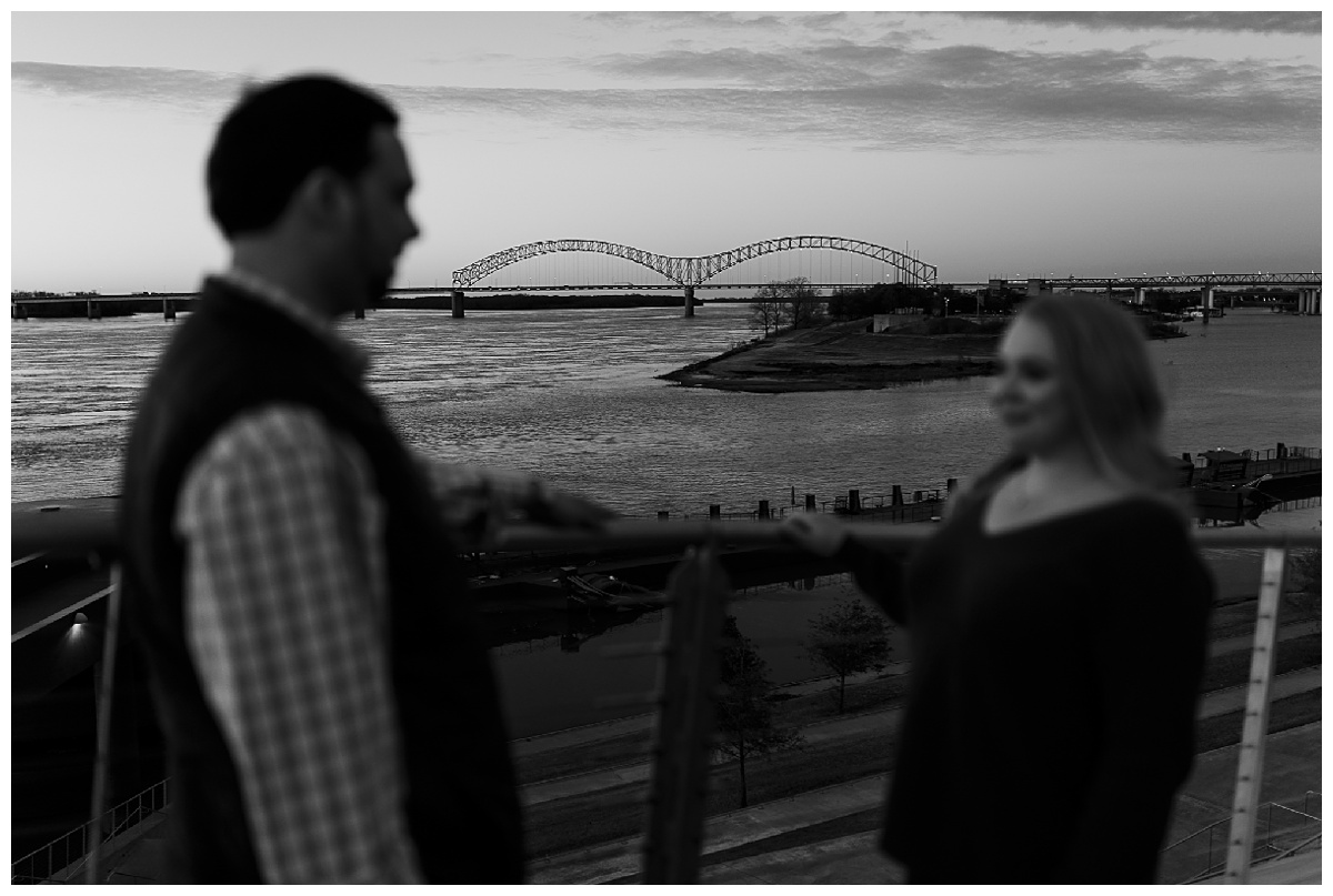 Downtown Memphis engagement_0027.jpg